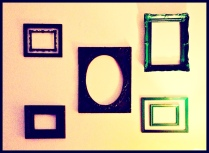 Do It Yourself Picture Frame Decorations!!